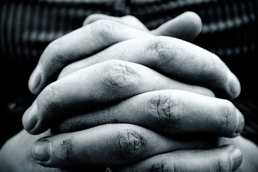 hands, hand, fold-2274255.jpg